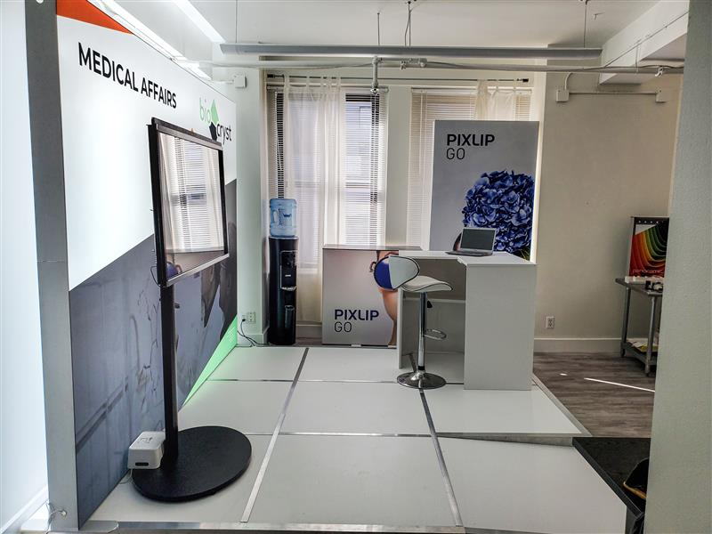 10x10 Backlit Trade Show Booth